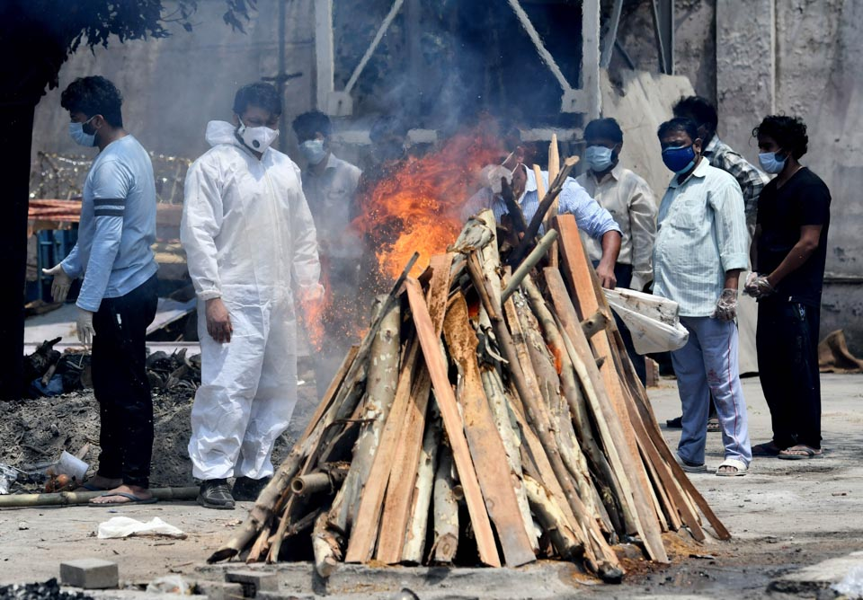 瞬间一周丨印度多地收紧疫情防控措施