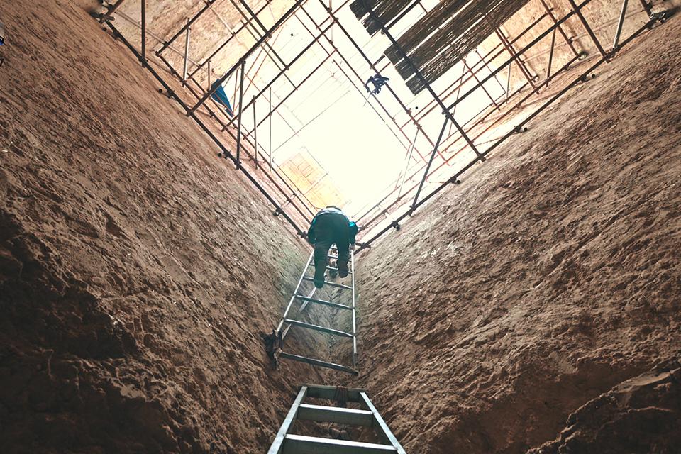 17 紀錄片《發掘記》里的考古人1.jpg