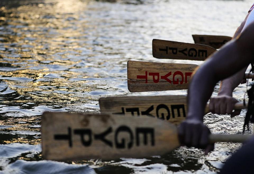 尼罗河上的龙舟队