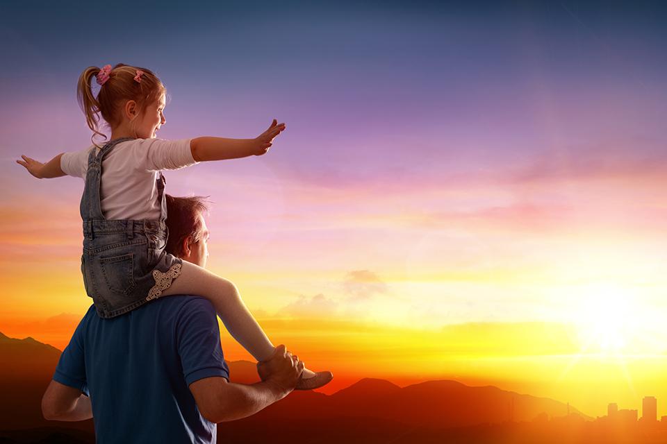父親節為何遠遠不如母親節熱鬧?體諒或許是給父親最好的禮物