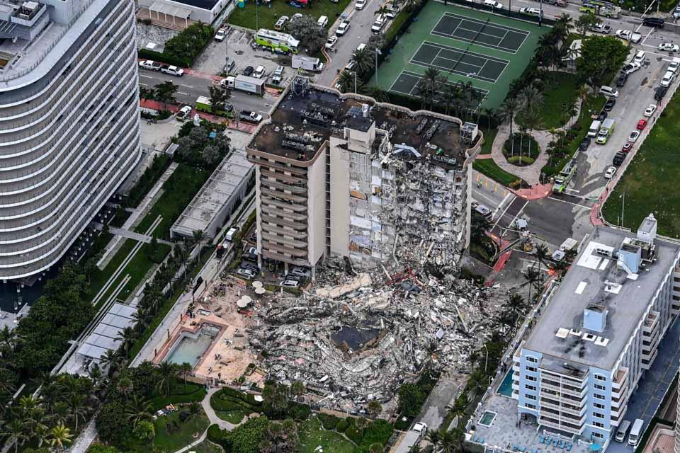 美一住宅樓局部坍塌致多人死傷