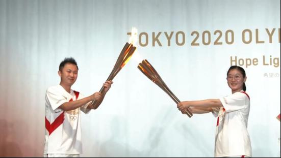 """没有欢呼与奔跑,我在东京""""低调""""传递奥运圣火"""