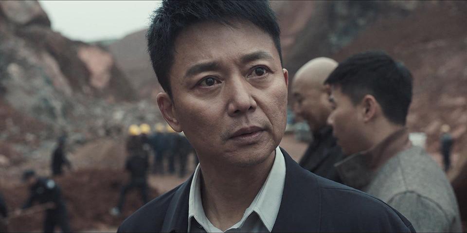 19 《扫黑风暴》主演刘奕君,下半场进球的演员1.jpg