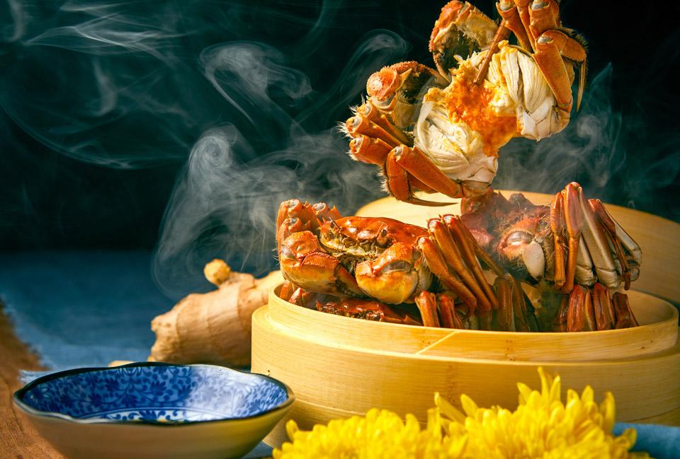 鸡头米和大闸蟹